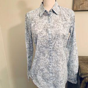 NWT Ann Taylor button down shirt, pale blue, sz 4